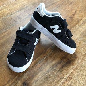 New Balance Baby Boy Velcro Shoes Black White